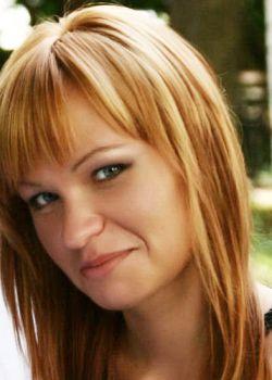 Rencontre-femmes-ukrainiennes-russes-agence-matrimoniale-UkraineMariage-Julia-35ans-ID1098