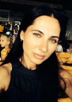 Rencontre-femmes-ukrainiennes-russes-agence-matrimoniale-UkraineMariage-Larisa-38ans-ID1339