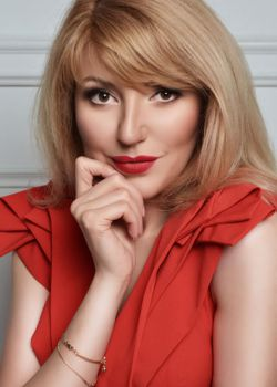 Rencontre-femmes-ukrainiennes-russes-agence-matrimoniale-UkraineMariage-Olga-42ans-ID1345