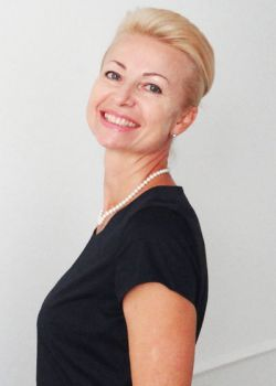 Rencontre-femmes-ukrainiennes-russes-agence-matrimoniale-UkraineMariage-lla-57ans-ID1401