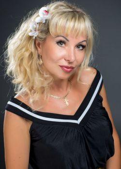 Rencontre-femmes-ukrainiennes-russes-agence-matrimoniale-UkraineMariage-Svetlana-45ans-ID1403
