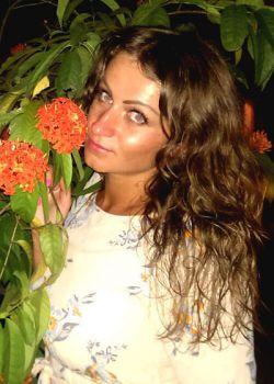 Rencontre-femmes-ukrainiennes-russes-agence-matrimoniale-UkraineMariage-Lidia-31ans-ID1483