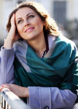 Rencontre-femmes-ukrainiennes-russes-agence-matrimoniale-UkraineMariage-Irina-37ans-ID1512