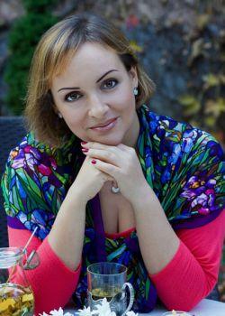 Rencontre-femmes-ukrainiennes-russes-agence-matrimoniale-UkraineMariage-Irina-46ans-ID1540