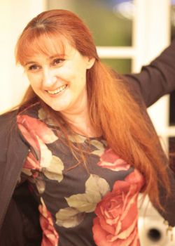 Rencontre-femmes-ukrainiennes-russes-agence-matrimoniale-UkraineMariage-Oksana-48ans-ID1579