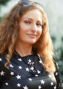 Rencontre-femmes-ukrainiennes-russes-agence-matrimoniale-UkraineMariage-Natalia-40ans-ID1593