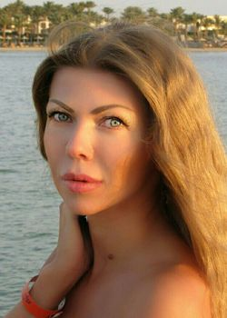 Rencontre-femmes-ukrainiennes-russes-agence-matrimoniale-UkraineMariage-Julia-31ans-ID1630