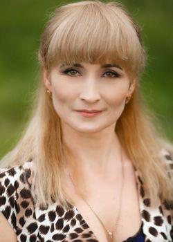 Rencontre-femmes-ukrainiennes-russes-agence-matrimoniale-UkraineMariage-Liudmila-45ans-ID1637