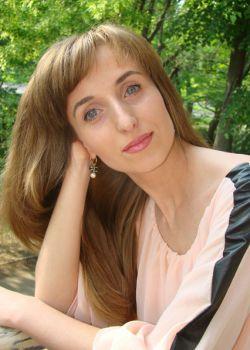 Rencontre-femmes-ukrainiennes-russes-agence-matrimoniale-UkraineMariage-Katerina-37ans-ID1647