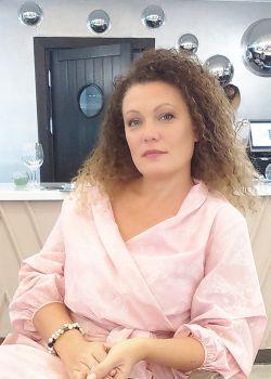 Rencontre-femmes-ukrainiennes-russes-agence-matrimoniale-UkraineMariage-Marina-44ans-ID1658