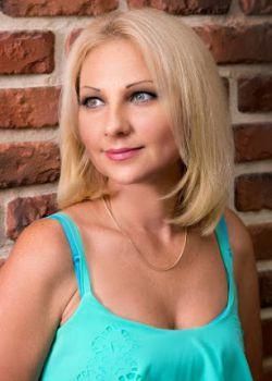 Rencontre-femmes-ukrainiennes-russes-agence-matrimoniale-UkraineMariage-Anna-44ans-ID1676