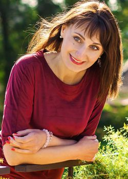 Rencontre-femmes-ukrainiennes-russes-agence-matrimoniale-UkraineMariage-Tatiana-46ans-ID1745