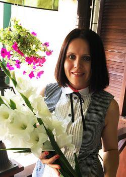 Rencontre-femmes-ukrainiennes-russes-agence-matrimoniale-UkraineMariage-Elena-40ans-ID1773