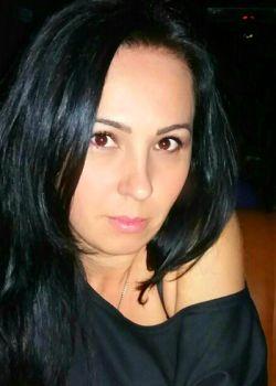 Rencontre-femmes-ukrainiennes-russes-agence-matrimoniale-UkraineMariage-Valentina-38ans-ID1812