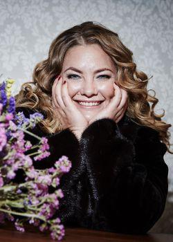 Rencontre-femmes-ukrainiennes-russes-agence-matrimoniale-UkraineMariage-Tatiana-45ans-ID1813