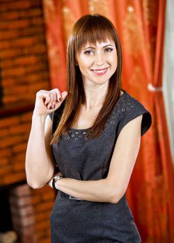 Rencontre-femmes-ukrainiennes-russes-agence-matrimoniale-UkraineMariage-Oksana-46ans-ID1836