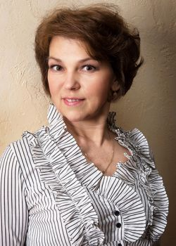 Rencontre-femmes-ukrainiennes-russes-agence-matrimoniale-UkraineMariage-Elena-58ans-ID1873