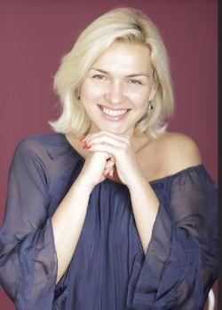 Rencontre-femmes-ukrainiennes-russes-agence-matrimoniale-UkraineMariage-Viktoria-49ans-ID1962