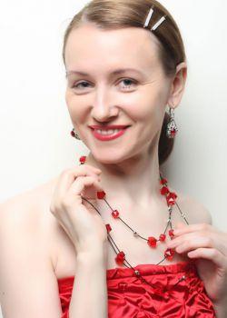 Rencontre-femmes-ukrainiennes-russes-agence-matrimoniale-UkraineMariage-Elena-47ans-ID1997