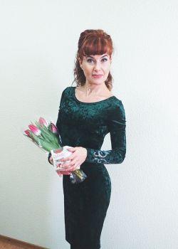 Rencontre-femmes-ukrainiennes-russes-agence-matrimoniale-UkraineMariage-Julia-51ans-ID2063