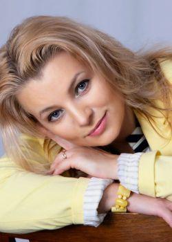 Rencontre-femmes-ukrainiennes-russes-agence-matrimoniale-UkraineMariage-Aliona-43ans-ID2092