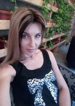 Rencontre-femmes-ukrainiennes-russes-agence-matrimoniale-UkraineMariage-Natalia-39ans-ID2103