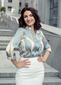 Rencontre-femmes-ukrainiennes-russes-agence-matrimoniale-UkraineMariage-Maria-40ans-ID2124