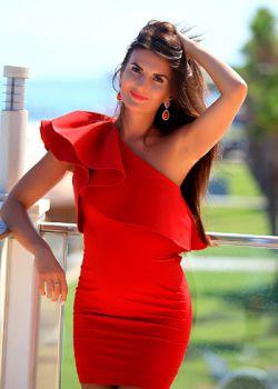 Rencontre-femmes-ukrainiennes-russes-agence-matrimoniale-UkraineMariage-Julia-32ans-ID2129