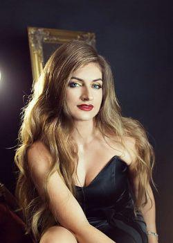 Rencontre-femmes-ukrainiennes-russes-agence-matrimoniale-UkraineMariage-Solomia-36ans-ID2132