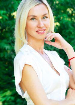 Rencontre-femmes-ukrainiennes-russes-agence-matrimoniale-UkraineMariage-Natalia-41ans-ID2150