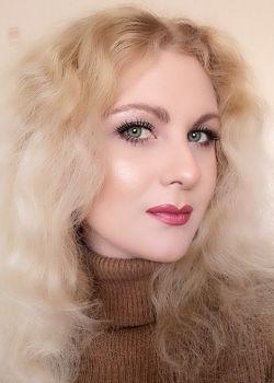 Rencontre-femmes-ukrainiennes-russes-agence-matrimoniale-UkraineMariage-Julia-29ans-ID2202