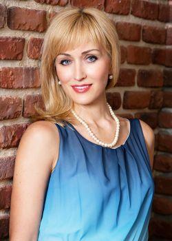 Rencontre-femmes-ukrainiennes-russes-agence-matrimoniale-UkraineMariage-Olga-47ans-ID2218