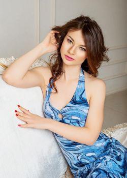 Rencontre-femmes-ukrainiennes-russes-agence-matrimoniale-UkraineMariage-Elena-26ans-ID2251