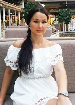 Rencontre-femmes-ukrainiennes-russes-agence-matrimoniale-UkraineMariage-Irina-34ans-ID2269