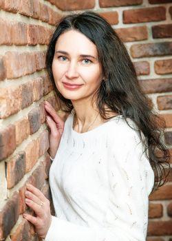 Rencontre-femmes-ukrainiennes-russes-agence-matrimoniale-UkraineMariage-Svetlana-45ans-ID2278