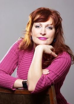 Rencontre-femmes-ukrainiennes-russes-agence-matrimoniale-UkraineMariage-Nadezhda-36ans-ID2300