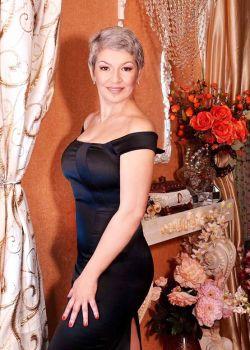 Rencontre-femmes-ukrainiennes-russes-agence-matrimoniale-UkraineMariage-Nadia-51ans-ID2339