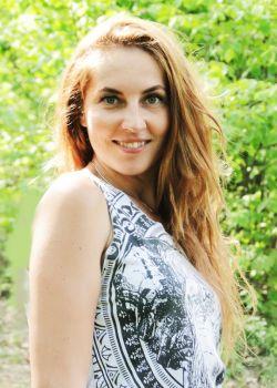 Rencontre-femmes-ukrainiennes-russes-agence-matrimoniale-UkraineMariage-Aleksandra-35ans-ID2346