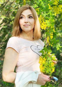 Rencontre-femmes-ukrainiennes-russes-agence-matrimoniale-UkraineMariage-Galina-51ans-ID2350