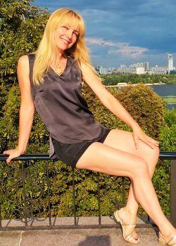 Rencontre-femmes-ukrainiennes-russes-agence-matrimoniale-UkraineMariage-Tatiana-48ans-ID542