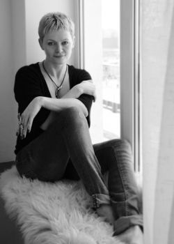 Rencontre-femmes-ukrainiennes-russes-agence-matrimoniale-UkraineMariage-Oksana-48ans-ID867