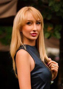 Rencontre-femmes-ukrainiennes-russes-agence-matrimoniale-UkraineMariage-Dasha-32ans-ID2161