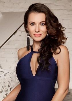 Rencontre-femmes-ukrainiennes-russes-agence-matrimoniale-UkraineMariage-Kseniya-37ans-ID1759