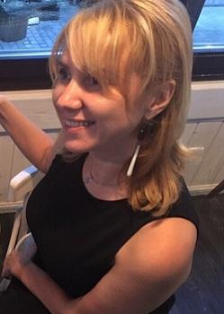 Rencontre-femmes-ukrainiennes-russes-agence-matrimoniale-UkraineMariage-Irina-40ans-ID2155