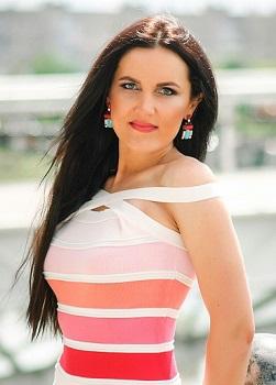 Rencontre-femmes-ukrainiennes-russes-agence-matrimoniale-UkraineMariage-Inna-40ans-ID2056